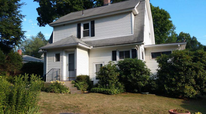 135 Greenwood Ave Waterbury, CT 06704